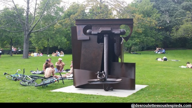 Regent's Park La-machine-Anthony-Caro-Erl-King-Frieze-sculpture-Londres-2017