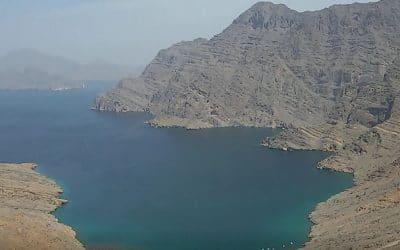 Oman-Musandam vivre une journée de rêve avec Sindbad le Marin