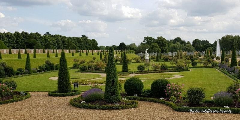 Hampton court jardin a la francaise
