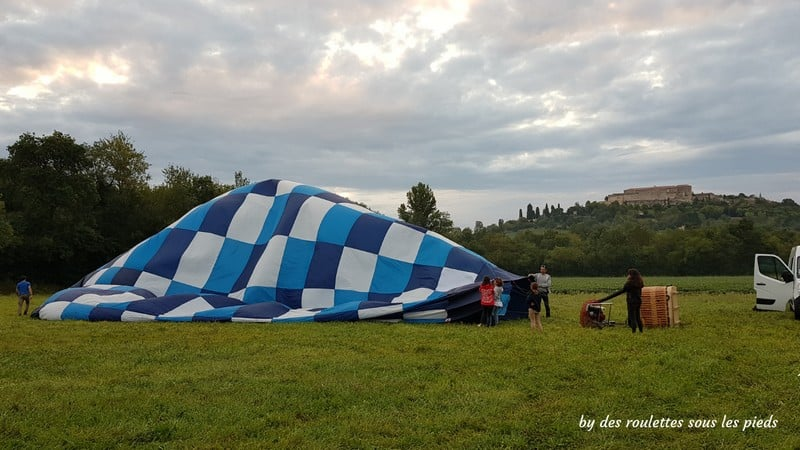 vol en montgolfière gonflement du ballon