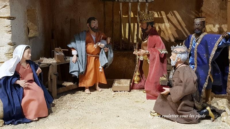 la crèche provençale la sainte famille