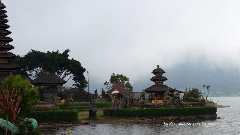 visiter bali ubud et le nord temple pura ulun danu bratan