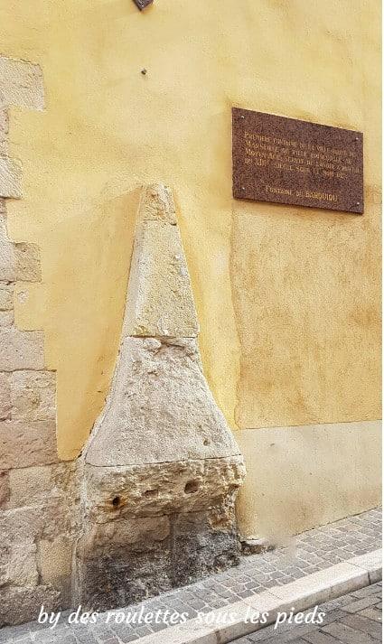 visiter le panier à marseille fontaine du Barquiou