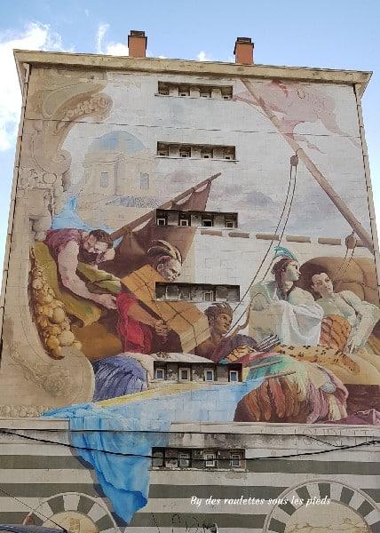 visiter le panier à marseille fresque du 14 rue miradou