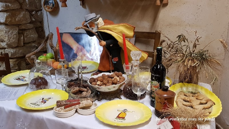 les 13 desserts de noël musée Fontaine de Vaucluse